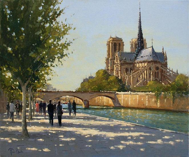 Gothic Splendour from the Seine