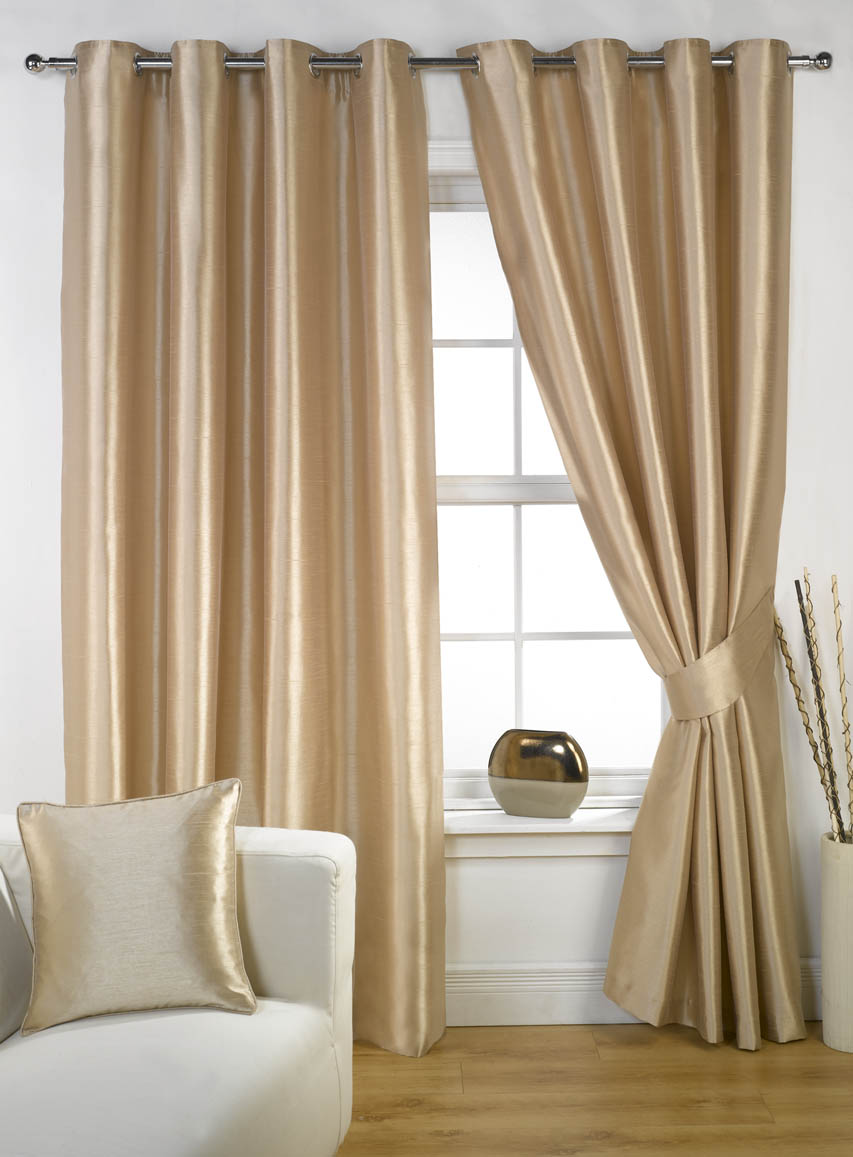 How-to-Choose-the-Perfect-Curtains-and-Drapes-2[1]