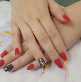 #rednails #nailart #infill #nailfy #kell