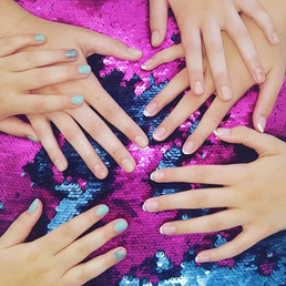 Sister mani's for the school holidays...