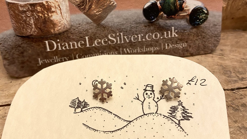 Snowflake Silver Stud Earrings  Special  Offer £10