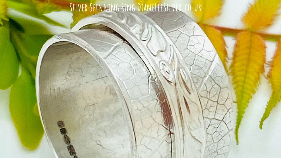 Silver Spinning Ring Traditional Size L and a half
