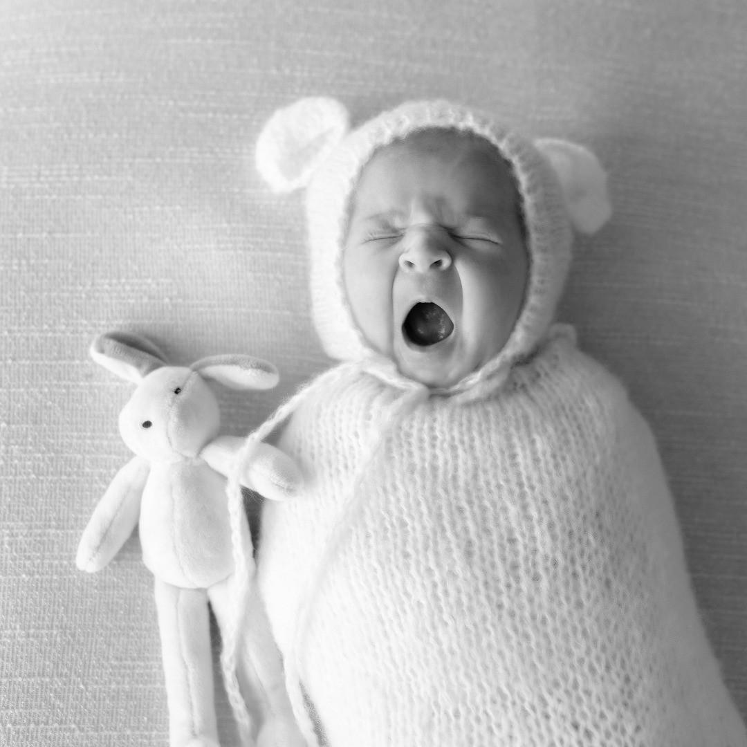 Portrait bébé de 12 jours - Manoha