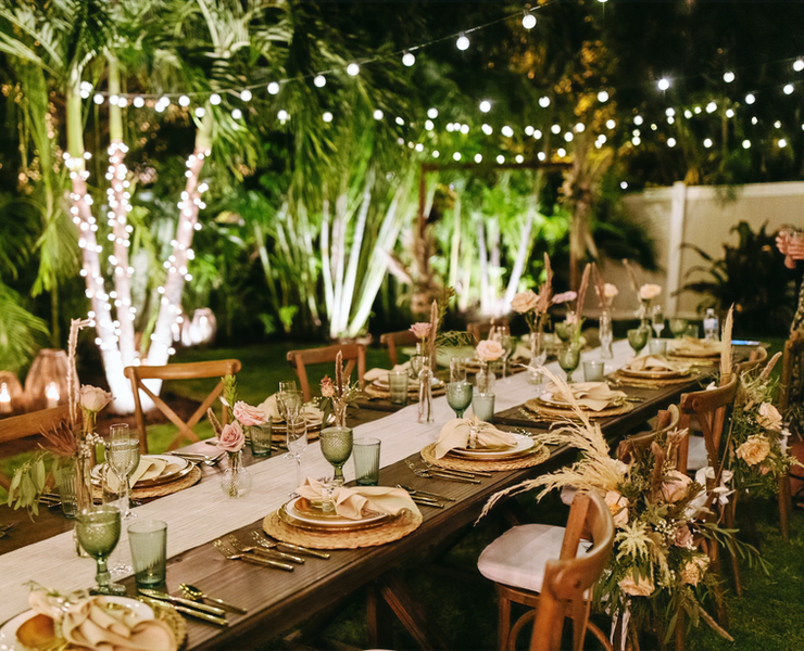 Farm Style Dinner Table & Sweethart Chairs