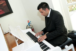 Bollywood Pianist
