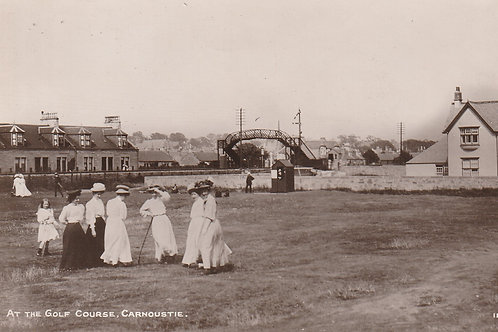 Carnoustie Ladies. At the Golf Links Ref.2680 C.ea 1900s