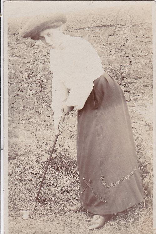 Carnoustie Lady Golfer (Unknown) Ref.1485 C.1900-14