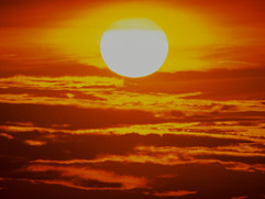 Red hot sun turning over (2019)