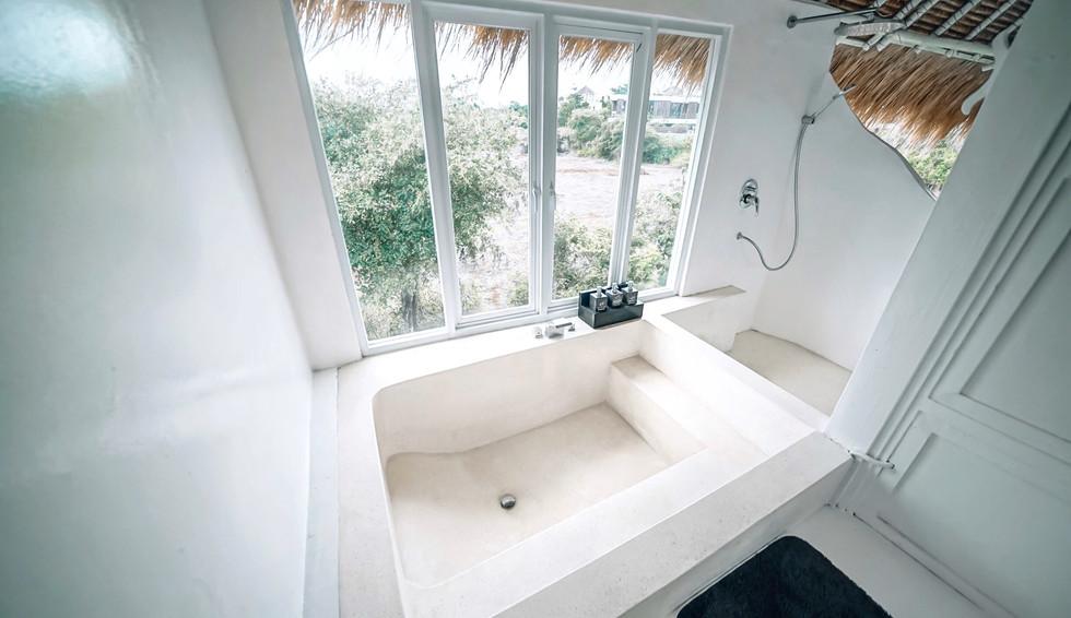 Coco Collection Bathroom (4).JPG