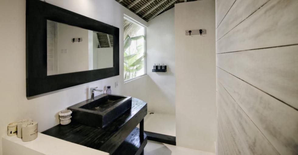Lumbung_bathroom (6).JPG