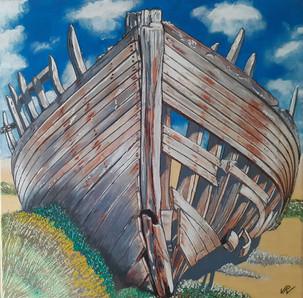 90 - Epave  grise bateau bois