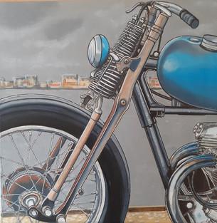 82 - Café racer bleu