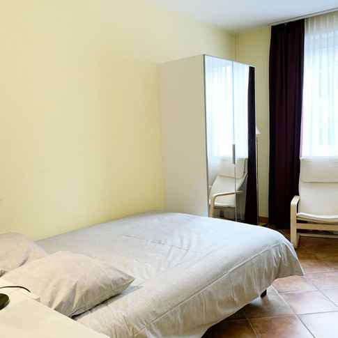 Rossi_Bedroom_1.jpg