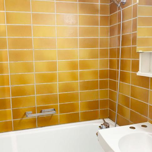 Rossi_Bathroom.jpg