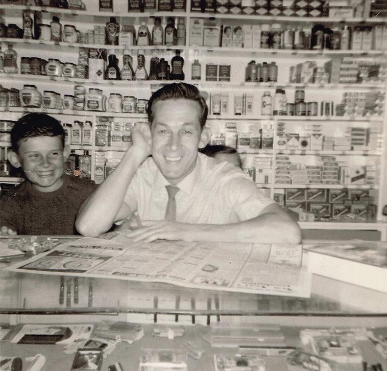 Douglas & Earle 1961.2.jpg