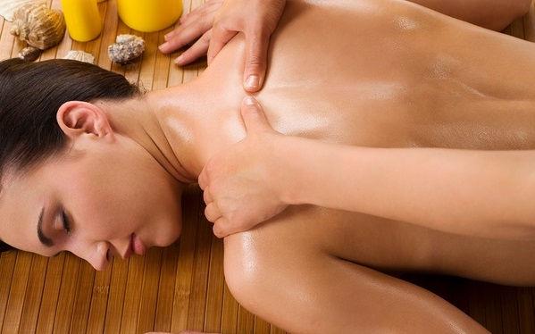Nack och ryggmassage