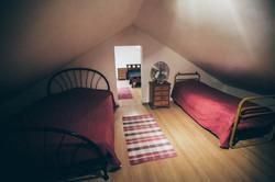 Studio Bedroom A w/3 Beds(4 Persons)
