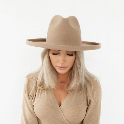 The Cara Loren Pencil Brim Hat | Tan