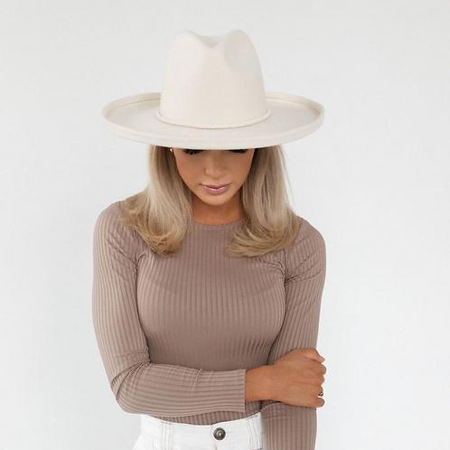 The Cara Loren Pencil Brim Hat | Off White
