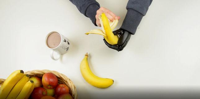 essen mit Handprothese