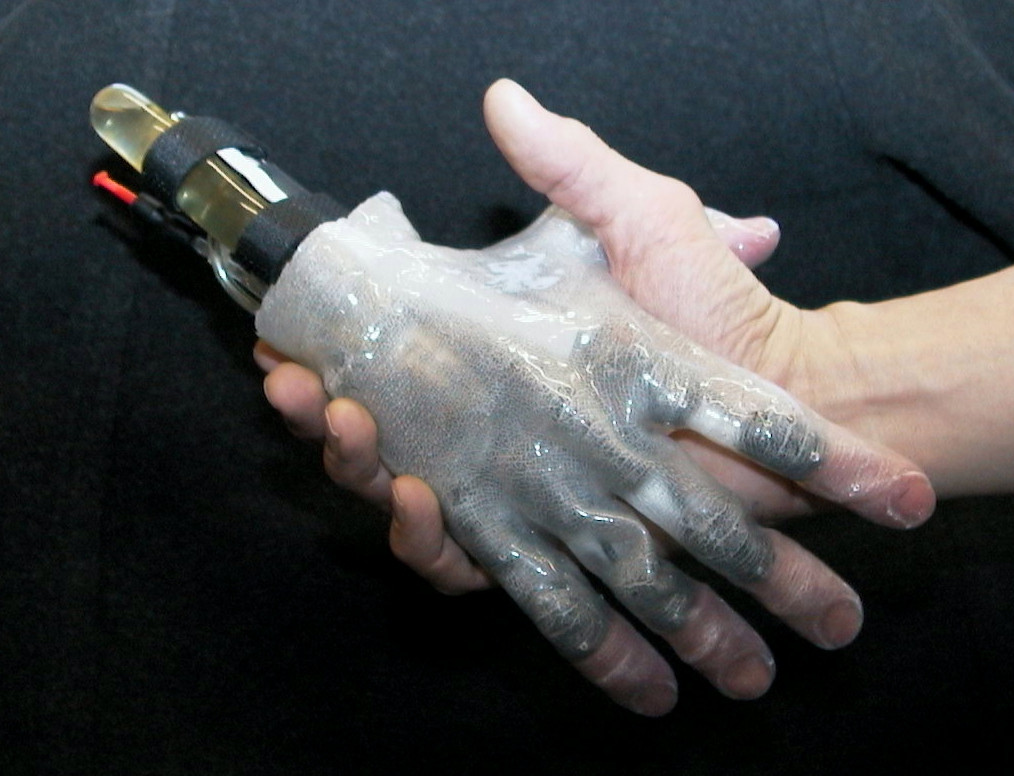Fluidhand4