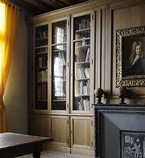 bibliotheque classique encloisonnee, musée J de la Fontaine