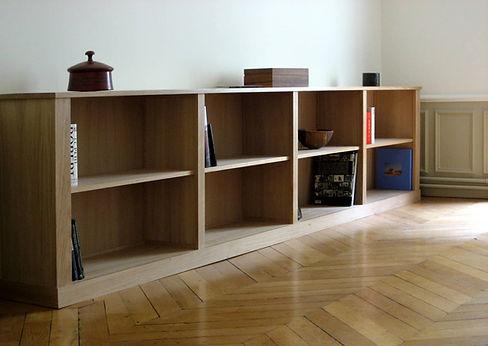 Bibliothèque basse réalisée d'après nos meubles au design contemporains Descamps