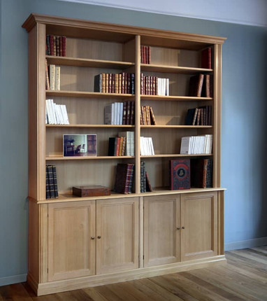 bibliotheque-bois-massif-portes