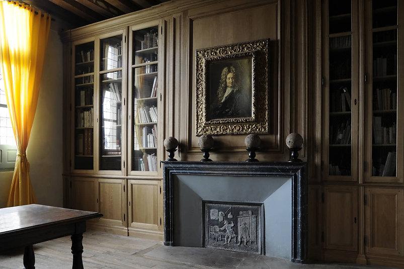 bibliothèque sur mesure, musée jean de la Fontaine