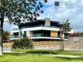 Bold contemporary scheme in Kent