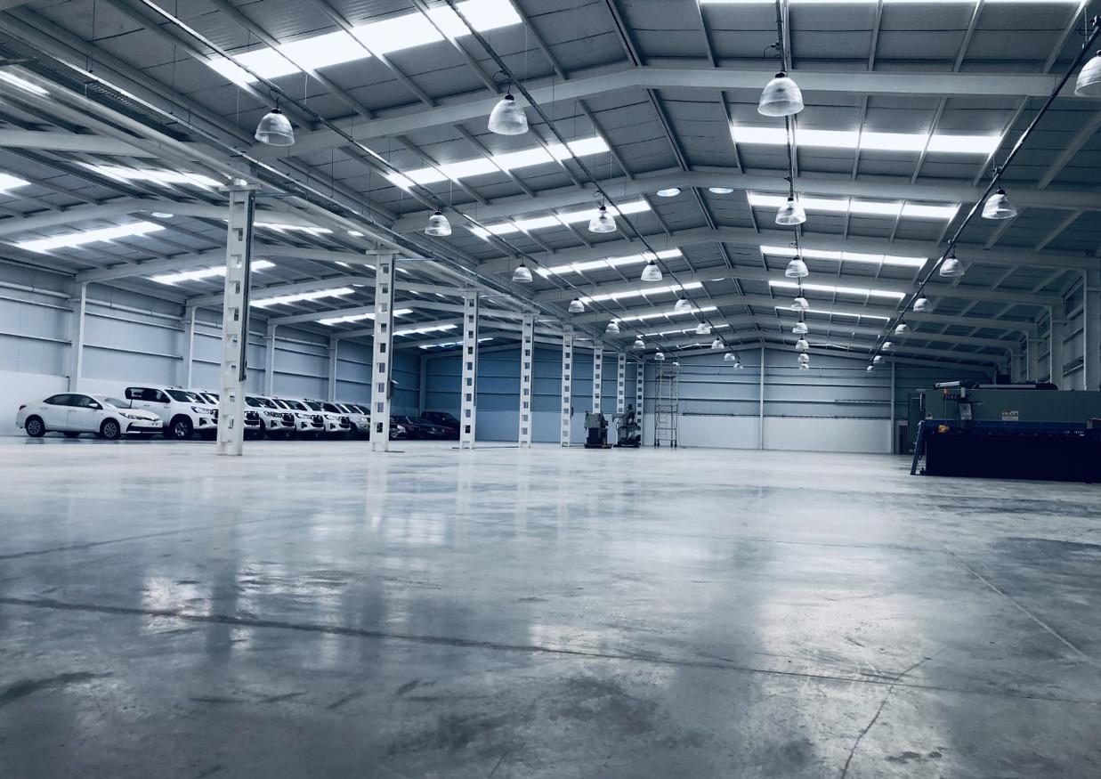 Interior Nave Industrial de 2.200m2,  2018-2019