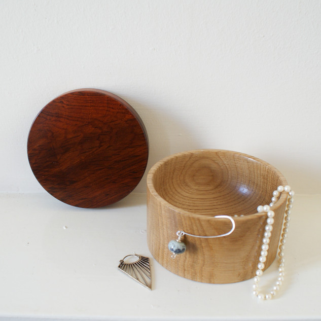 This Oak box was made fromv reclaimed timber. The lid is cocobolo.