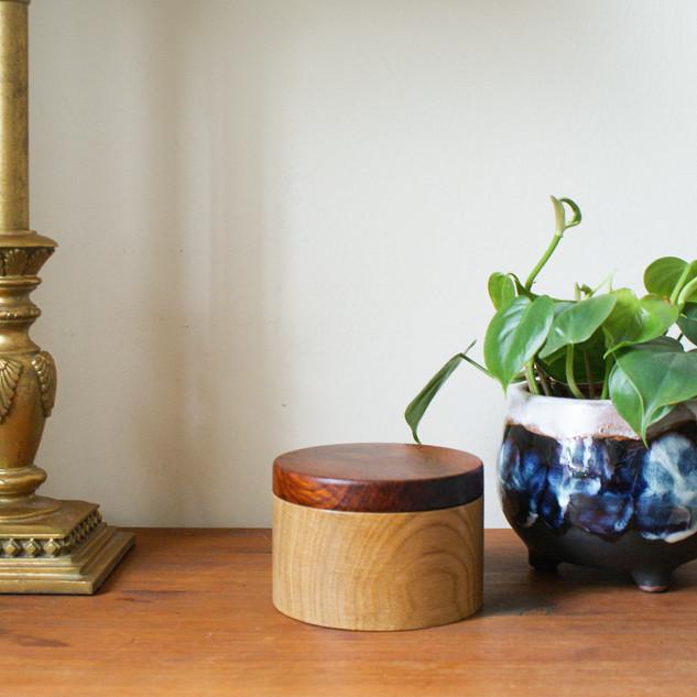 A beautiful Oak box with a cocbolo lid