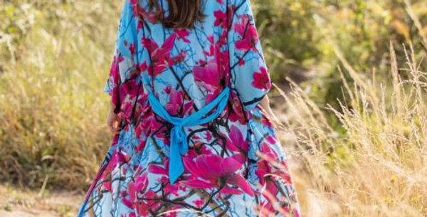 Hope Lightweight Robe (Magnolia) From My Mother's Garden