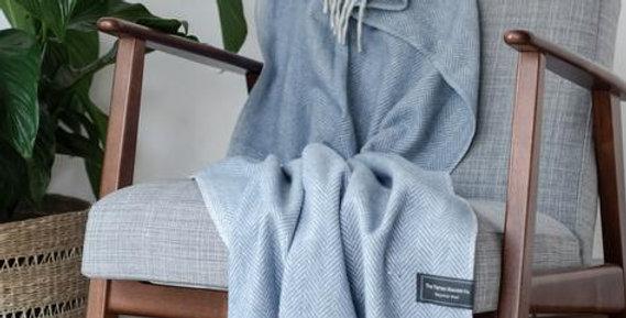 Recycled Wool Knee Blanket in Sky Blue Herringbone