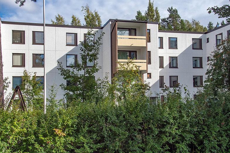 Helsinki, Suunnistajankuja 8, julkisivujen huoltomaalaus