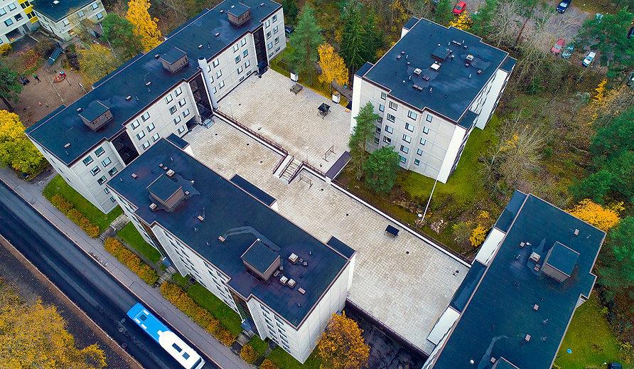 Helsinki, Rapakiventie 10, pihakansi