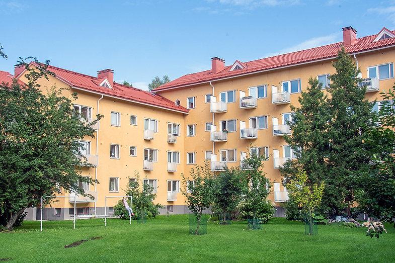 Helsinki, Raisiontie 6, julkisivujen huoltomaalaus
