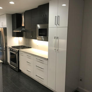 LaurierMax Cabinetry, Modern Style