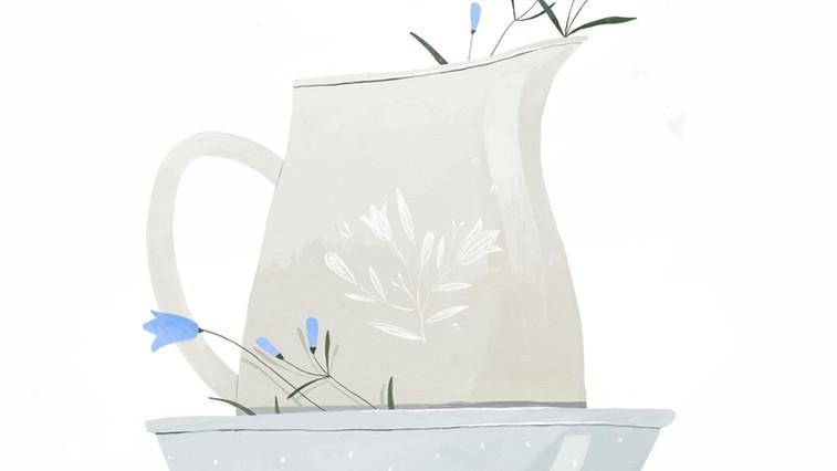 Skål och kanna med blåklocka logo.jpg