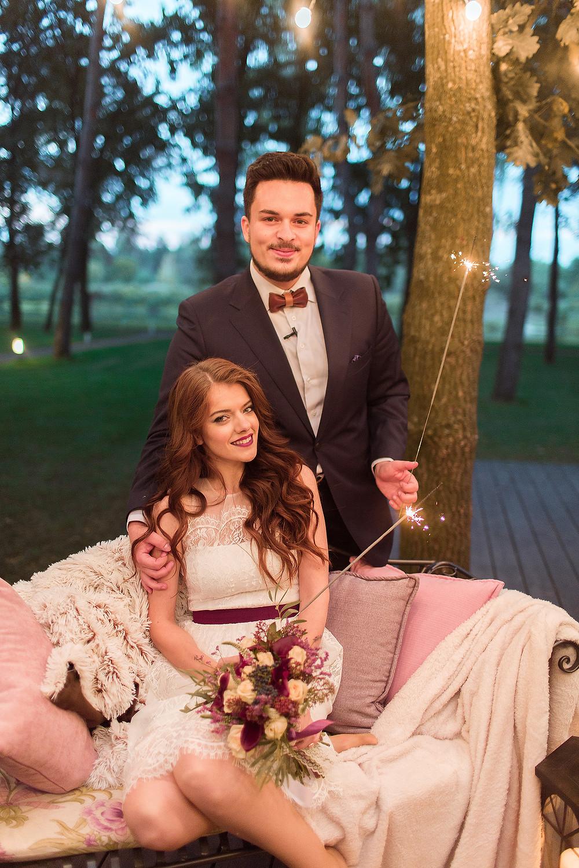Если вы хотите организовать для любимой девушки красивое и необычное предложение руки и сердца, то вам - к нам, свадебное агентство в Киеве MuZa-wedding