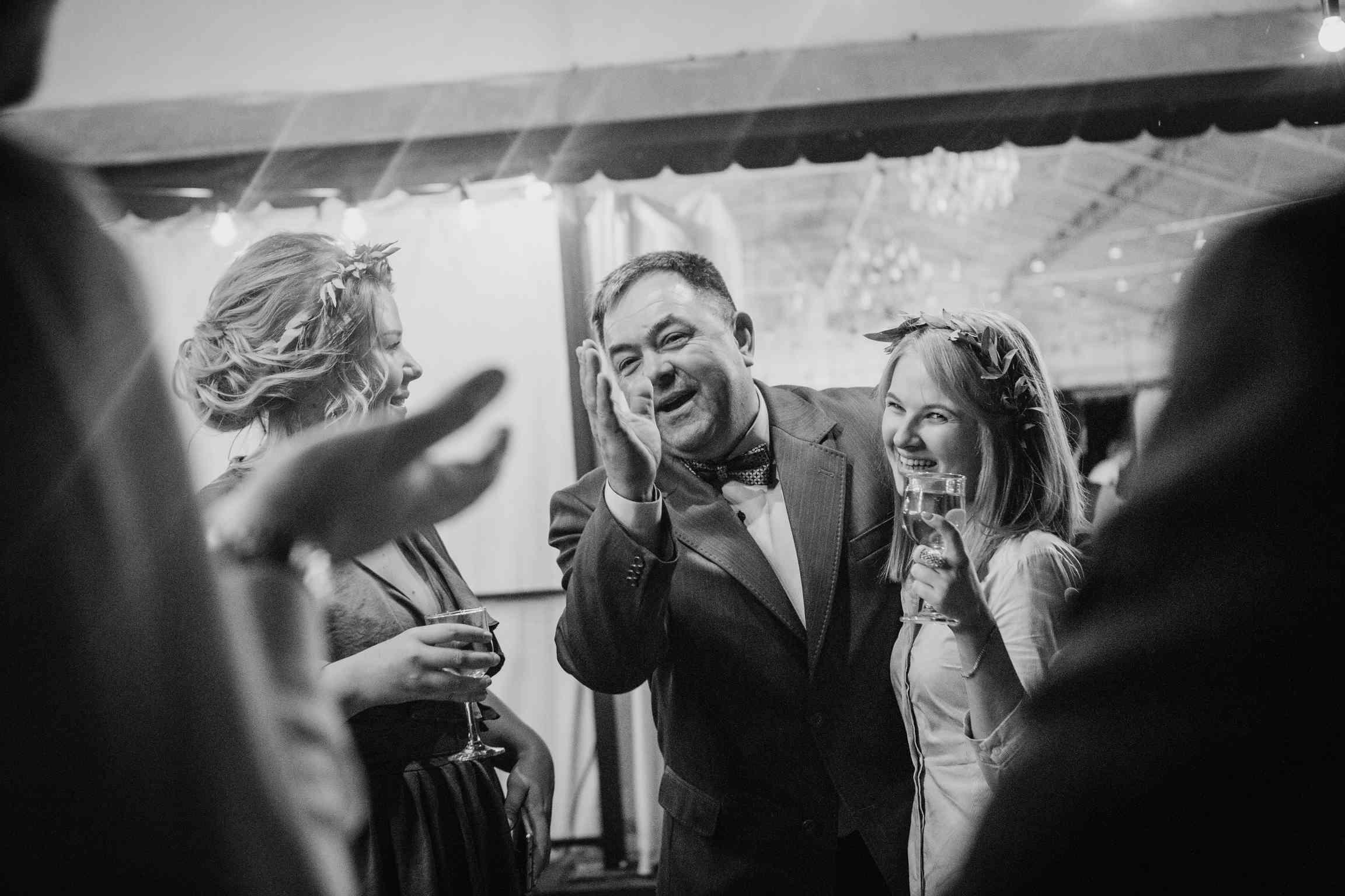репортажная фотосъемка на свадьбе
