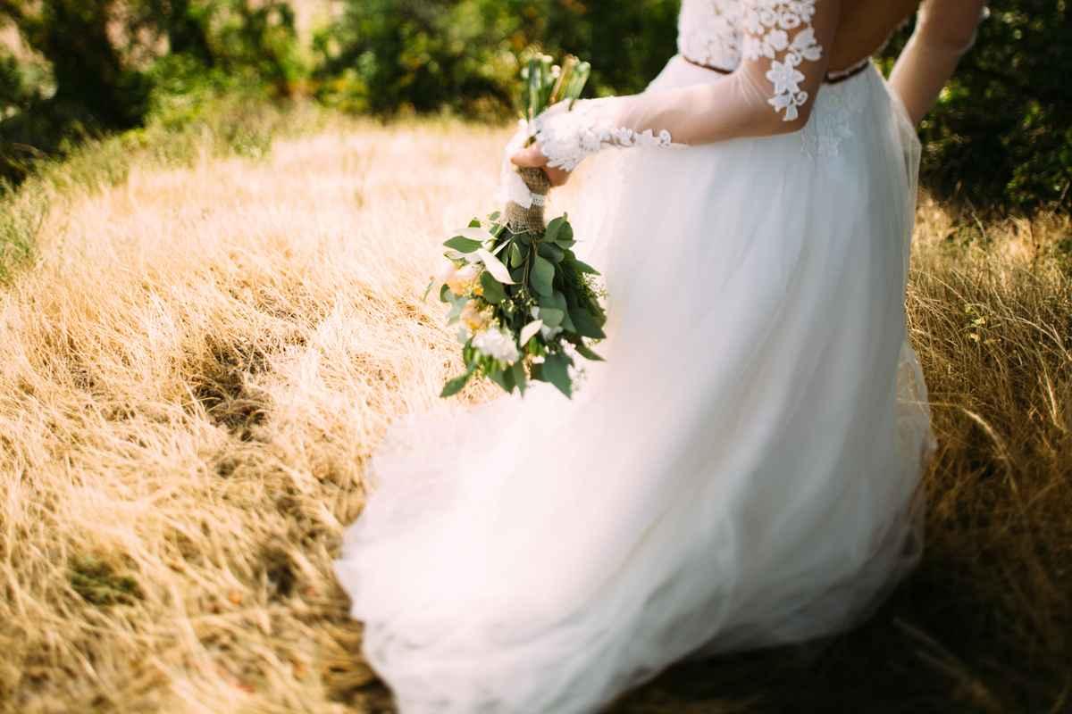 платье невесты, букет невесты, Киев