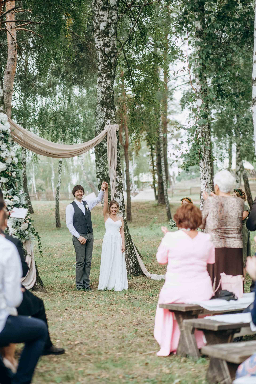 Свадебная церемония, березовая роща