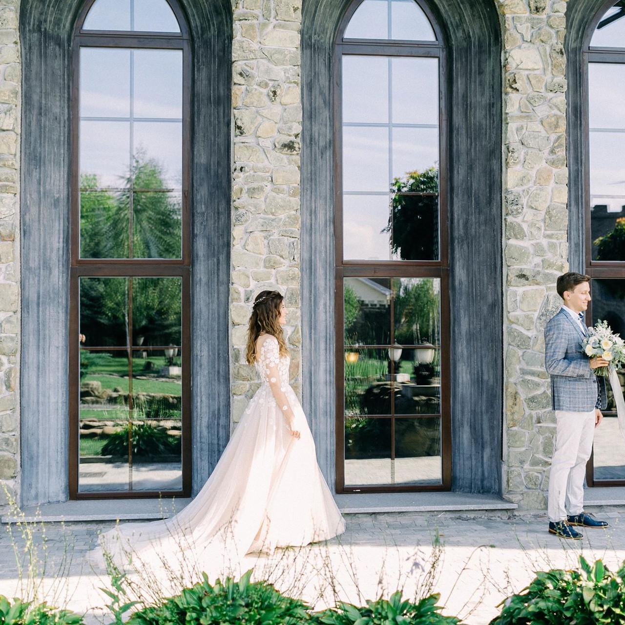 wedding first-look (первая встреча)
