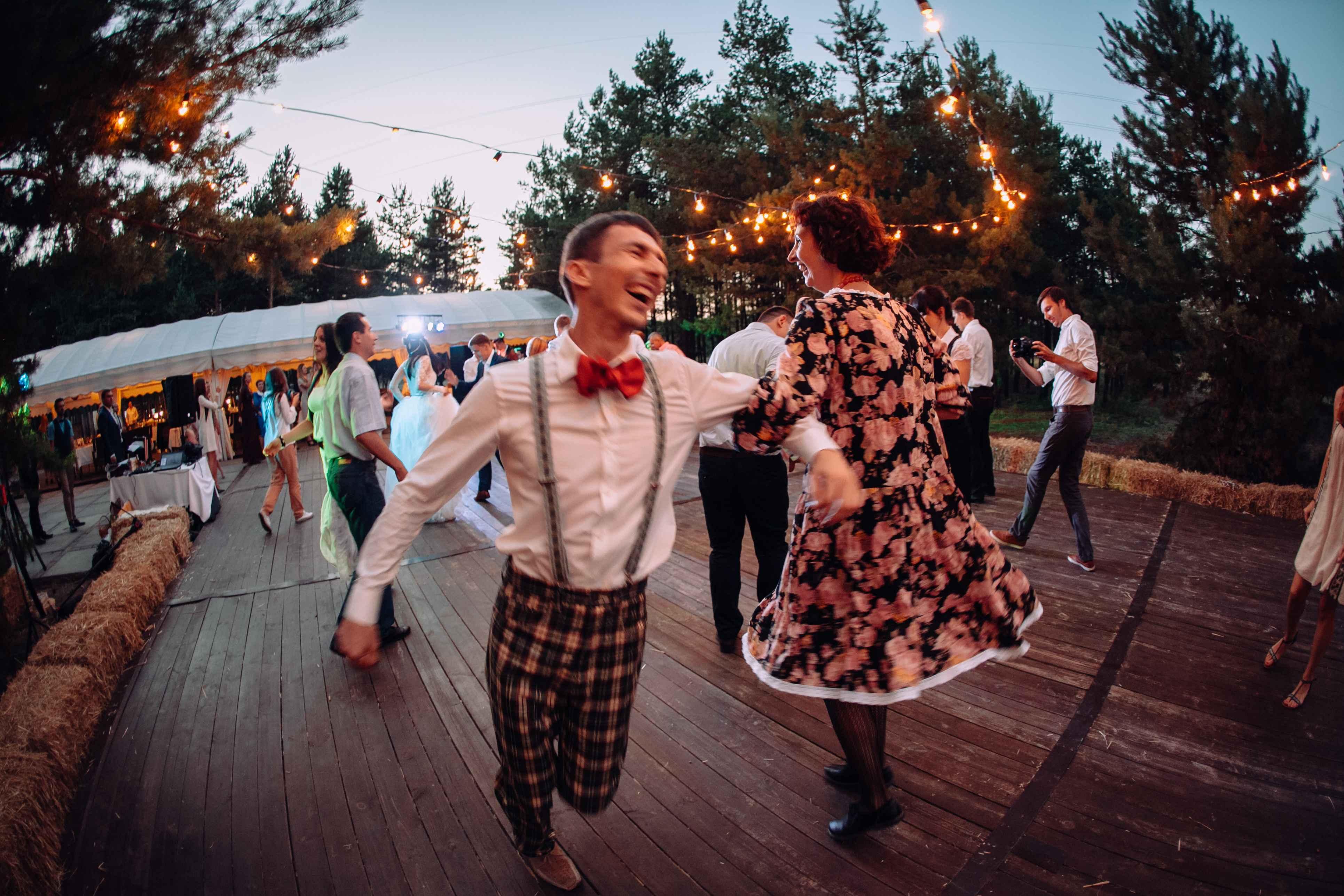 веселье, танцы, свадьба, гости