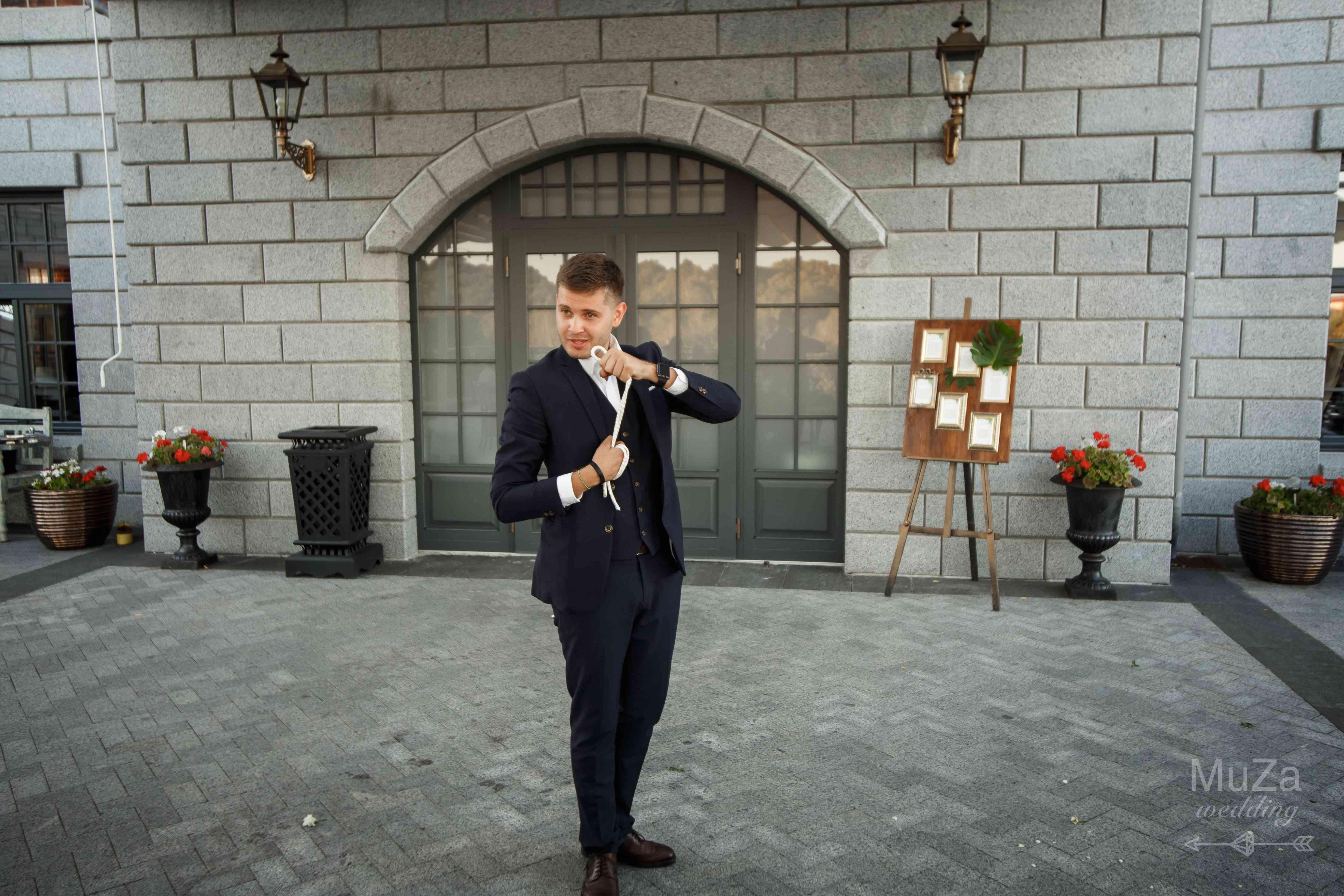 фокусник Юрий Мончак на свадьбе маг
