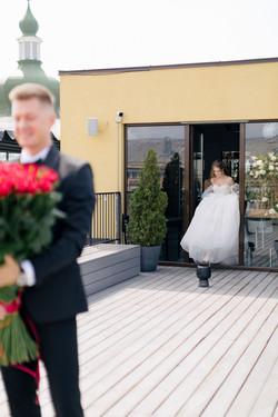 first-look или первая встреча жениха и невесты на свадьбе