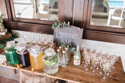 лимонад бар на свадьбе идея