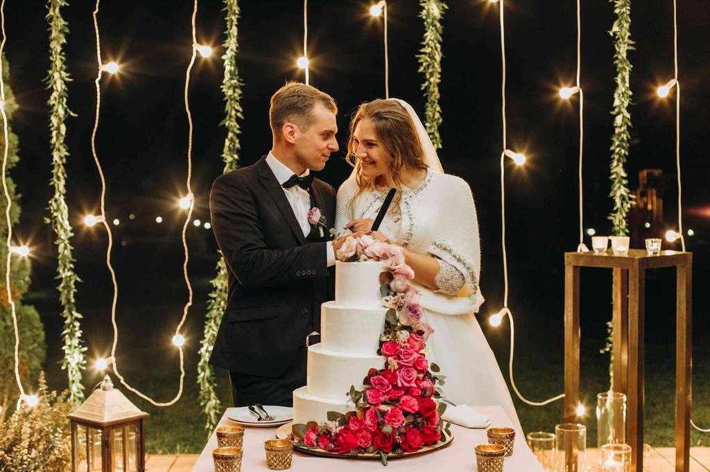 свадебный торт киев разрезание